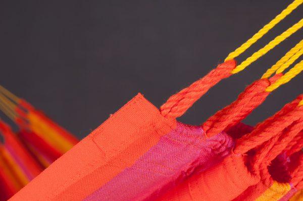 Houpací síť La Siesta Sonrisa Single - mandarine má živé barvy